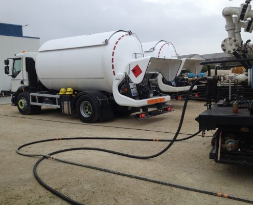 Compact prover on trailer truck